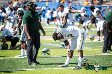 3 - USF vs. San Jose State 2017 - USF RB D'Ernest Johnson by Dennis Akers | SoFloBulls.com (5083x3393)