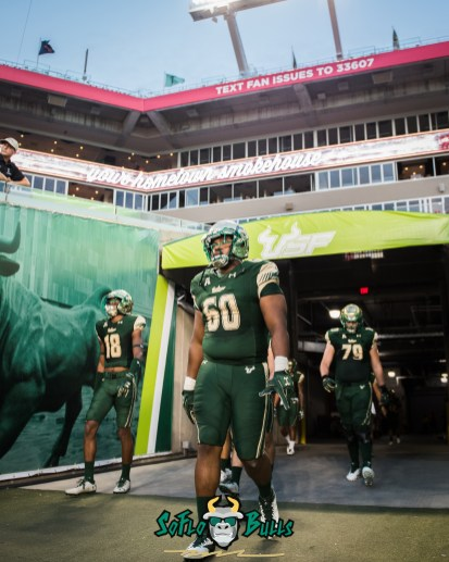 30 - Temple vs. USF 2017 - USF DT Bruce Hector by Dennis Akers   SoFloBulls.com (3146x3933)