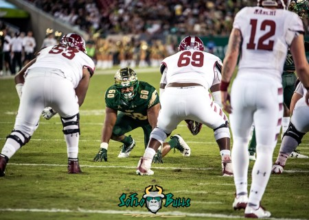 87 - Temple vs. USF 2017 - USF DT Bruce Hector by Dennis Akers | SoFloBulls.com (5533x3952)