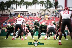 20 - USF vs. Houston 2017 - USF QB Quinton Flowers by Dennis Akers | SoFloBulls.com (6016x4016)