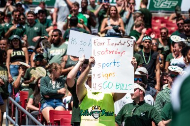 110 - Georgia Tech vs. USF 2018 - USF Fan in Crowd with Four Important S's Sign Poster by Dennis Akers | SoFloBulls.com (6016x4016)