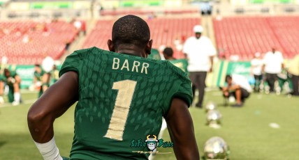 204 - Elon vs. USF 2018 - USF DB Chris Barr by Will Turner | SoFloBulls.com (5302x2850)