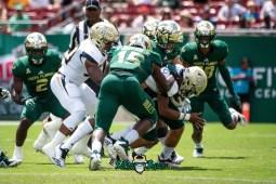 25 - Georgia Tech vs. USF 2018 - USF DE Vincent Jackson Nico Sawtelle by Dennis Akers | SoFloBulls.com (4057x2708)