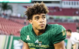 10A - USF vs. ECU 2018 - USF S Bentlee Sanders by Will Turner | SoFloBulls.com (4632x2927)