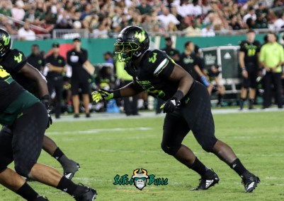 136 - USF vs. UConn 2018 - USF LB Josh Black by Will Turner | SoFloBulls.com (3118x2220) - 0H8A8940