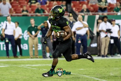 163 - USF vs. UConn 2018 - USF RB Johnny Ford by Will Turner | SoFloBulls.com (4262x2856) - 0H8A9188
