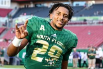 22 - USF vs. UConn 2018 - USF RB Brian Norris Jr. by Will Turner | SoFloBulls.com (4649x3086) - 0H8A8245
