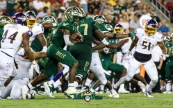46A - USF vs. ECU 2018 - USF RB Jordan Cronkrite by Will Turner | SoFloBulls.com (4005x2510)