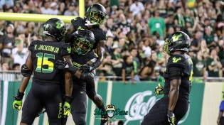 79 - USF vs. UConn 2018 - USF DE Juwuan Brown Ronnie Hoggins Vincent Jackson Greg Reaves by Will Turner | SoFloBulls.com (4538x2546) - 0H8A8574