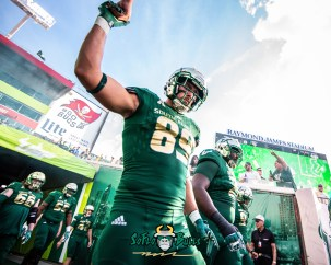41 - UCF vs. USF 2018 - USF TE Mitchell Wilcox by Dennis Akers | SoFloBulls.com
