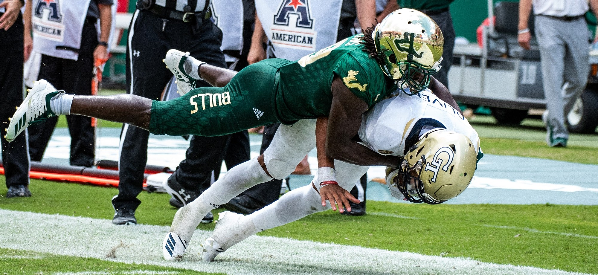 📌 Georgia Tech vs. USF 2018 Football Photo Album Featured Image by Dennis Akers (2400x920)