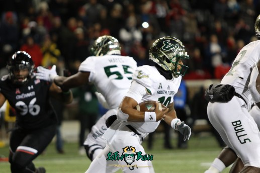 41 – USF vs. Cincinnati 2018 – USF QB Chris Oladokun by Will Turner – SoFloBulls.com – 0H8A1043