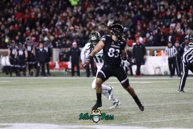 56A – USF vs. Cincinnati 2018 – USF LB Dwayne Boyles by Will Turner – SoFloBulls.com – 0H8A1103