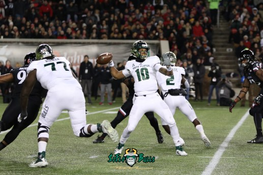 71 – USF vs. Cincinnati 2018 – USF QB Chris Oladokun by Will Turner – SoFloBulls.com – 0H8A1161