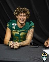 49 - USF LB Trey Laing 2019 by David Gold DRG03342