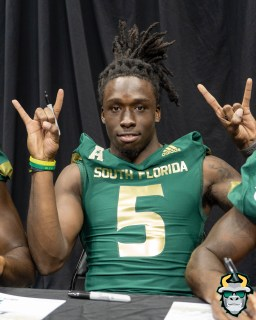 76 - USF WR Randall St. Felix Fan Fest 2019 by David Gold DRG03834