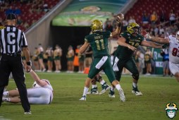 103 – Wisconsin vs USF 2019 – USF QB Blake Barnett by David Gold – DRG06309