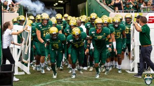 26 - USF vs S.C. State 2019 - Team by David Gold DRG09717