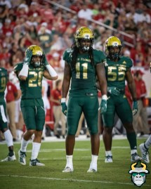 49 – Wisconsin vs USF 2019 – USF LB Dwayne Boyles Patrick Macon Bentlee Sanders by David Gold – DRG05353