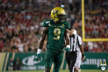 60 – Wisconsin vs USF 2019 – USF DB KJ Sails by David Gold – DRG05619