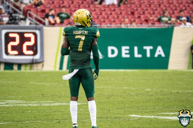 112 - SMU vs USF 2019 - Mike Hampton by David Gold - DRG01936