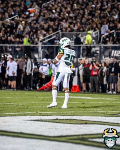 50 - USF vs. UCF 2019 - Bentlee Sanders by David Gold - DRG05888