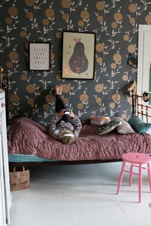 rooms wallpapers bedroom examples amazing dark petit sofreshandsochic amour eclectic wall nurseries infantil paper killing spaces boy habitacion decor ee