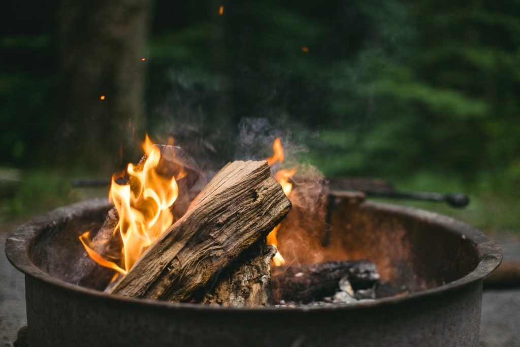 how to start a fire pit