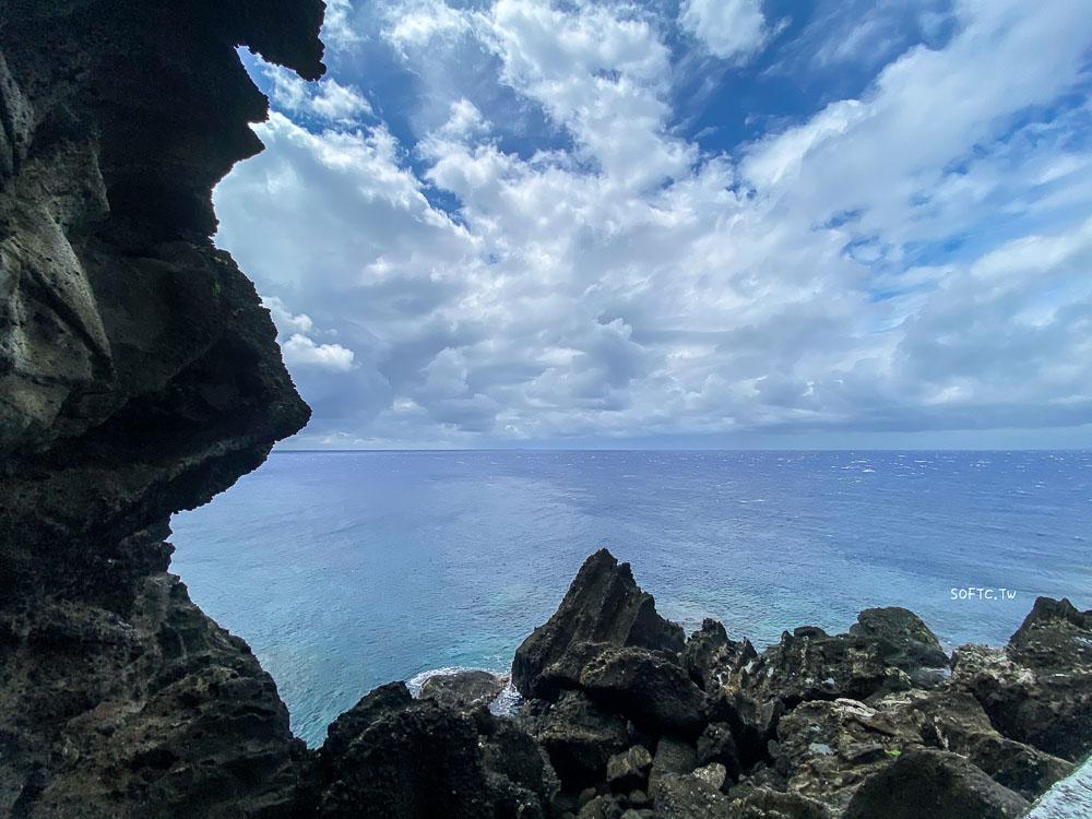 蘭嶼椰油部落景點推薦》像水渠一樣●天然岩壁框出蔚藍大海+天空 蘭嶼熱門IG打卡景點推薦