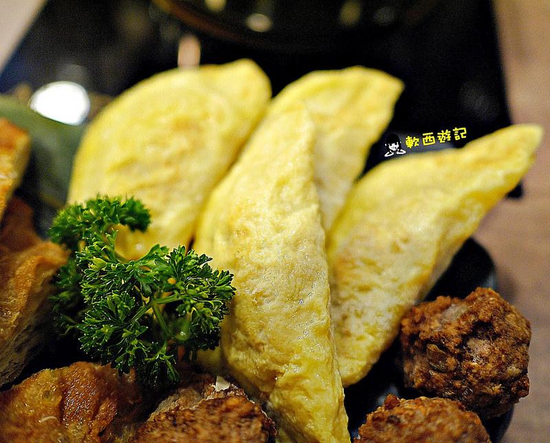 [食記]台北信義安和站 品湯。白色麻辣鍋專賣店 胡椒香味涮涮鍋 大份量精緻肉品 熬煮18小時精華老火湯