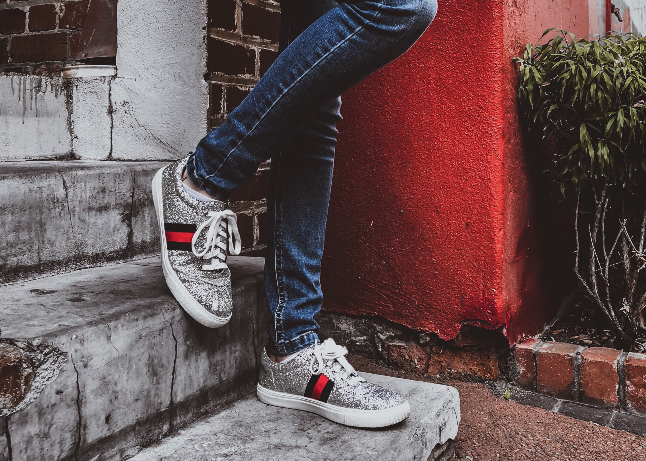 gucci style sneakers