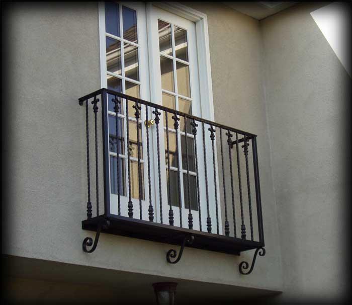 How do I draw a French Balcony?