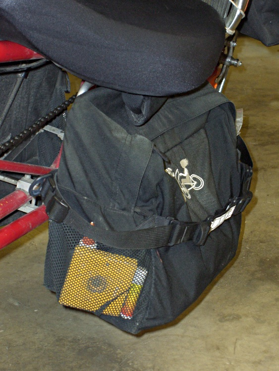 Tour Easy Underseat Pack Detail