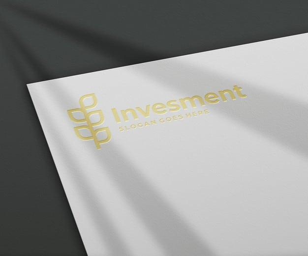 3d logo mockup on white paper Premium Psd