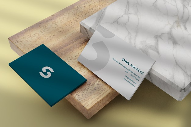 Close up on rounded corner business card mockup Premium Psd