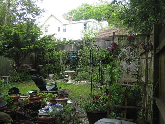 Garden 2009 05 17-29
