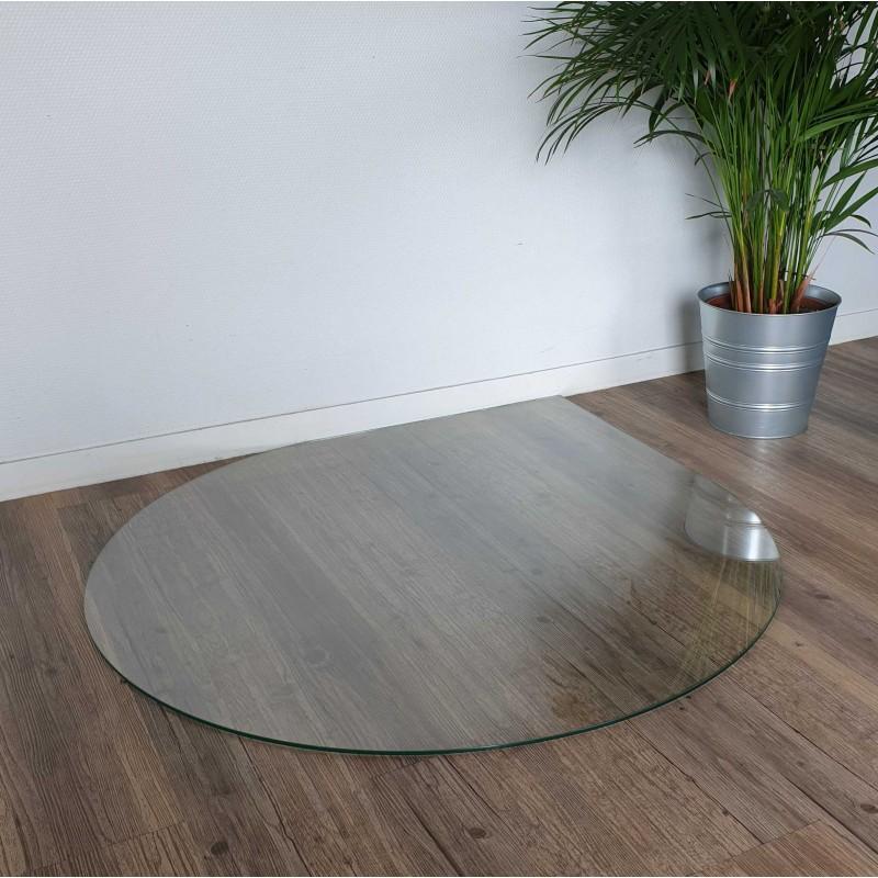 soglass propose la decoupe de verre sur mesure pour creer des plaques de sol en goutte d eau