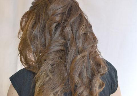 7 bước tự tạo mái tóc xoăn quyến rũ 8
