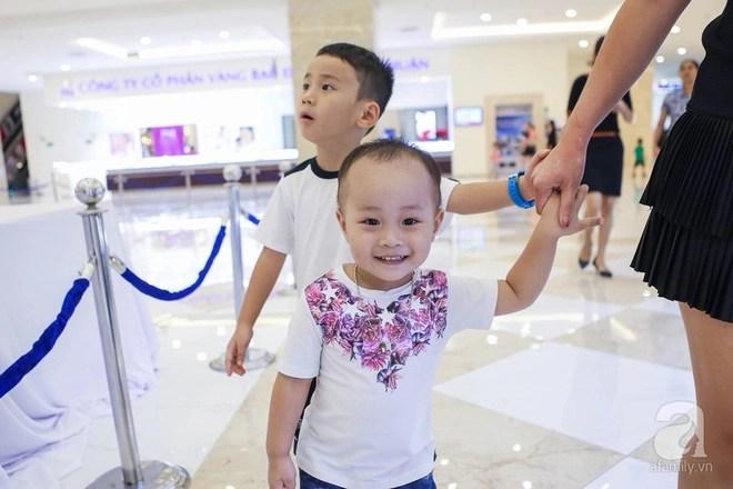 Ngưỡng mộ mẹ đơn thân 3 con: Từ tay trắng, ôm con đi ở trọ đến cô chủ kiếm cả tỷ đồng /tháng - Ảnh 5.