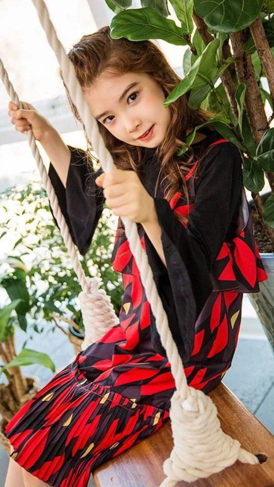 Cô bé lai Hàn từng khiến dân tình điên đảo vì vẻ đẹp xuất chúng, nổi tiếng từ thuở lên 3 bây giờ ra sao? - Ảnh 25.