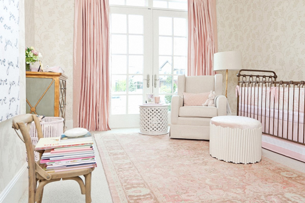 Designing thoughts on a pink & gold nursery