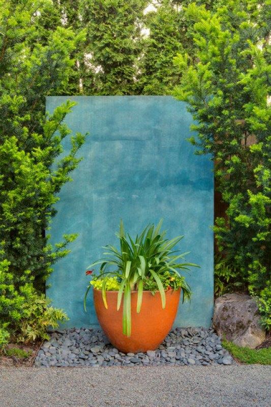 Stylish landscape screen wall