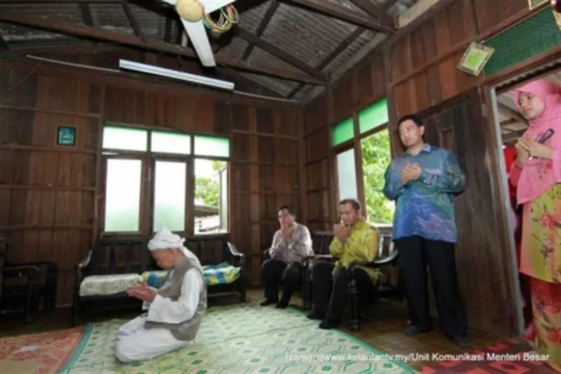 rumah Tuan Guru Nik Abd Aziz Nik Mat yang serba sederhana
