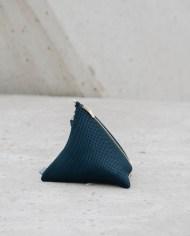 bolso piramide azul 2