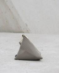 bolso piramide kaki 2