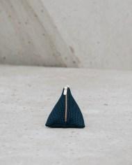 monedero piramide azul 1