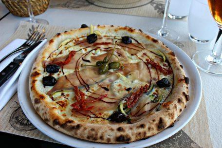 """Pizza """"Il Tonno"""""""