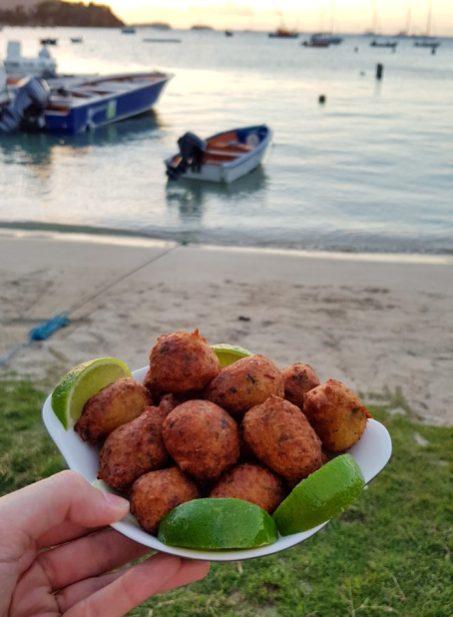 Acras de morue Coconut Bar Terre-de-Haut