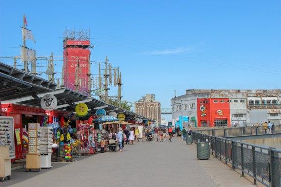 Les boutiques au bord du St Laurent