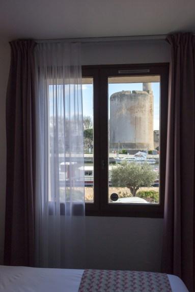 Vue sur la Tour de Constance depuis la Maison des Croisades